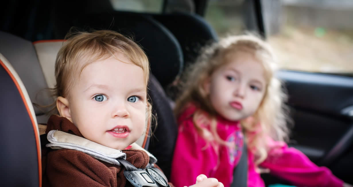 children-in-car